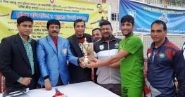 বান্দরবানেমুজিব বর্ষউপলক্ষে ফুটবল প্রতিযোগিতা ও পুরস্কার বিতরণ