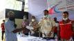 বান্দরবানে ২হাজার অসহায় পরিবার পেলরেডক্রিসেন্টের ৪হাজার ৫শত টাকা