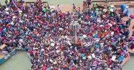 ঘরমুখো জনস্রোত ঠেকাতে শিমুলিয়া-পাটুরিয়া ঘাটে বিজিবি মোতায়েন
